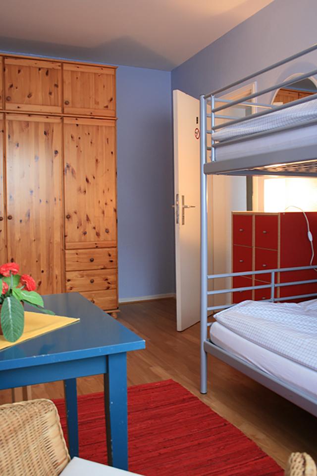 leben im frauenhaus frauenhaus dinslaken frauen helfen frauen e v. Black Bedroom Furniture Sets. Home Design Ideas